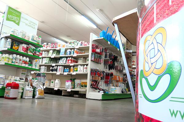 negozio- Tutto per l'gricoltura- Flora Toscana